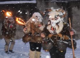В неделя: Калугеровските джумали тръгват за Перник, ще хапват сурвакарска кавърма