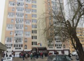 МРРБ: Санирането продължава има пари