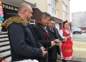 """12 етажният блок на """"Дунав"""" 2 отпразнува санирането си"""