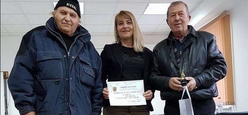 Победител в първия общински турнир по белот е отборът на с.Динката
