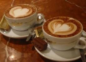 """В Септември: """"Кафе срещу целувка"""" се проведе вчера"""
