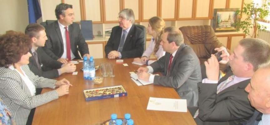 Губернаторът Златко Митрев се срещна с посланик Анатолий Макаров