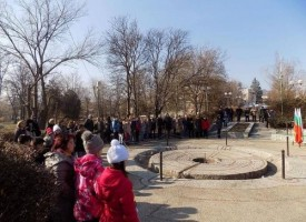 Стрелча почете Левски с поклонение и панахида в храма