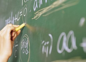 Бойка Маринска: Нереалистични са обещанията за двойното увеличение на учителските заплати