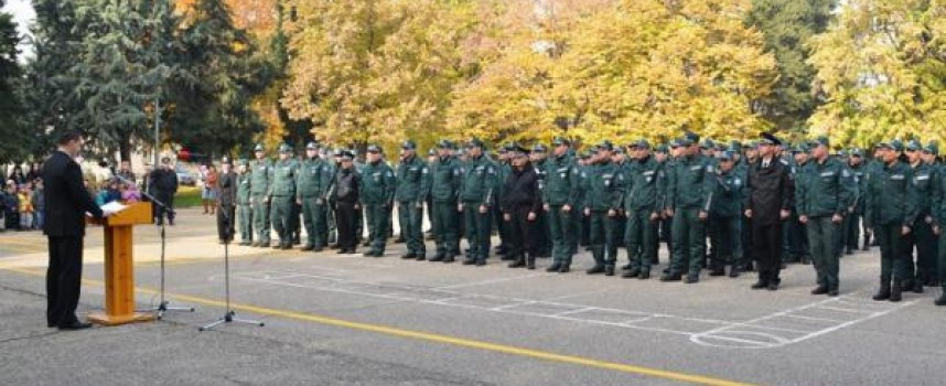 В Полицейското нови служители на МВР полагат клетва