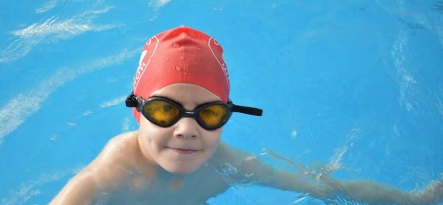 """В Хисаря: Рекорден брой медали за плувците на """"Шампион"""""""