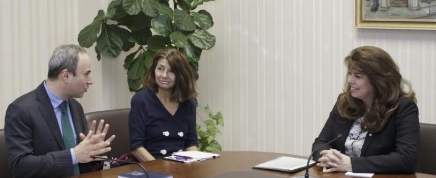 Заради бъдещото председателство на ЕС вицепрезидент Йотова се срещна с посланик Гъля
