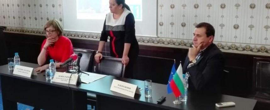 Лиляна Павлова : Единственият шанс в Пазарджик да има качествена питейна вода е да се обедини и окрупни ВиК секторът