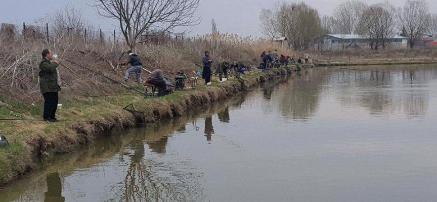 40 въдичари мериха сили в турнир край Огняново