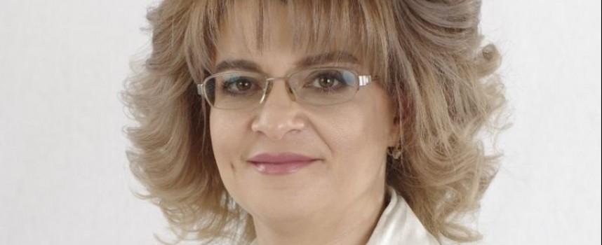 Екатерина Захариева отстъпи мястото си на Костадинова