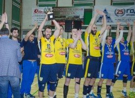 Тодор Попов награди волейболистите на Хебър за триумфа