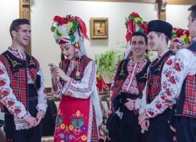 """""""Чудесия"""" и мажоретките от """"Мега"""" с участие във фестивал на изкуствата"""