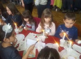 Велинград: Деца изписваха яйца по традиция от Чепино