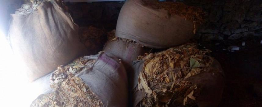 За пореден път: Иззеха стоки без бандерол от Пещера, Септември и Велинград