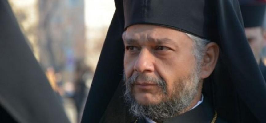 Митрополит Киприан ще донесе благодатния огън от Йерусалим