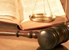 Отбелязваме днес Деня на българската Конституция и юриста