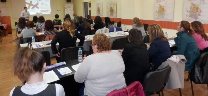 249 души от общините в областта взеха участие в инфосрещите на ОИЦ