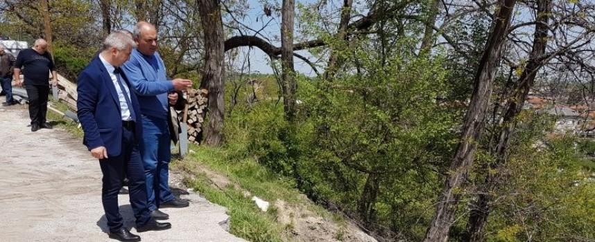 Пещера: Укрепват свлачището на изхода към Свети Константин
