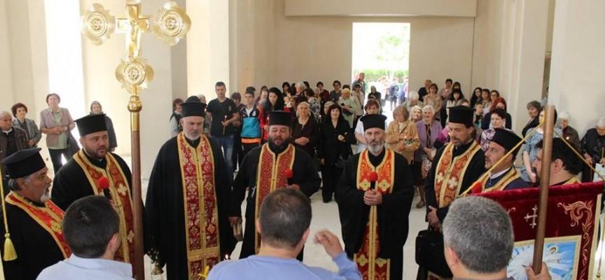 """Септември: Отбелязаха храмовия празник на църквата """"Св. цар Борис-Михаил"""""""