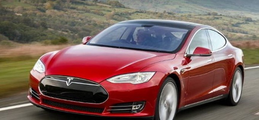 В Пазарджик можеш да заредиш Tesla, в града има две