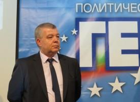 Премиерът Борисов освободи д-р Апостолов