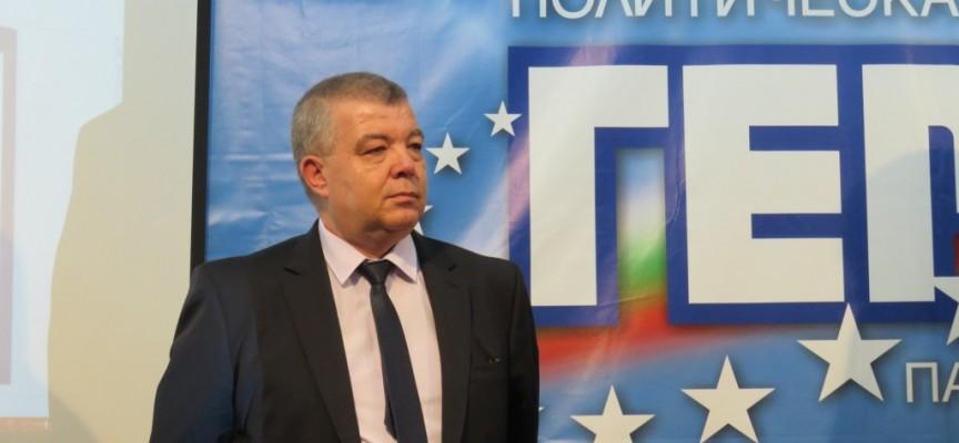 Съмнение за коронавирус в Пещера, д-р Апостолов и кметът Младенов с изявления