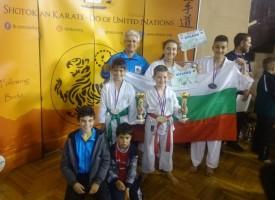 """СК""""Тонус-спорт""""с 2 европейски титли и общо 5 медала от европейско първенство карате Шотокан"""