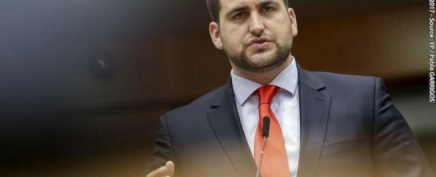 Андрей Новаков внесе предложение за европрограма срещу манипулирането на  километражите.