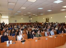 Кметът Тодор Попов се срещна със зрелостниците на Пазарджик