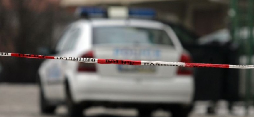 Полицаи спипаха малоконарец в крачка
