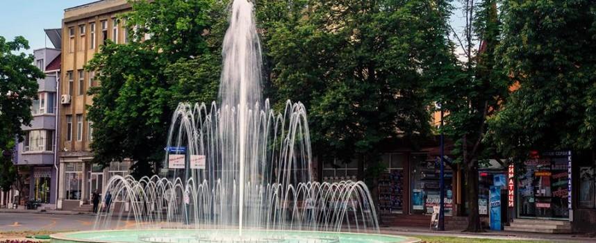 """Велосипедист е откаран в болницата, прилошало му край фонтана на """"Пловдивска"""""""