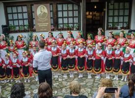 В Театъра: Тържествен концерт за 180 -годишнината на църквата Св.Богородица