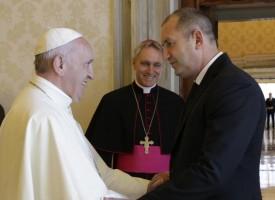 Ето какво каза президентът Румен Радев на папа Франциск