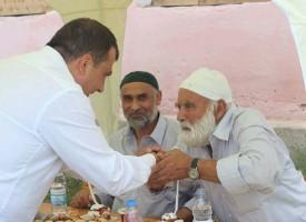 Септември: Марин Рачев даде ифтар в Ковачево