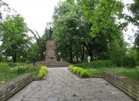 Бунтовните градове: Брацигово почита със заря и поклонение подвига на априлци