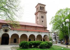 Трима светци и Богородица закрилят Пазарджик