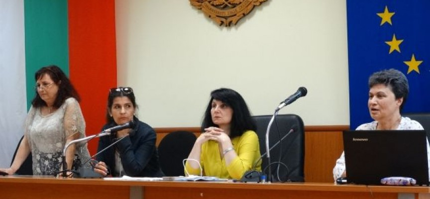 120 доклада бяха представени на научната учителска конференция в Пазарджик