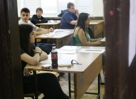 В понеделник: Малката матура по математика, вижте датите за изпитите в 7 и 12 клас