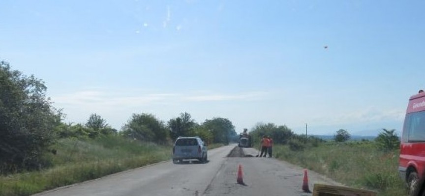 Вижте къде в областта ще има ремонт на пътища през тази година