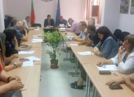 Областния щаб за защита при бедствия свика Стефан Мирев, гасят по седем пожара на ден
