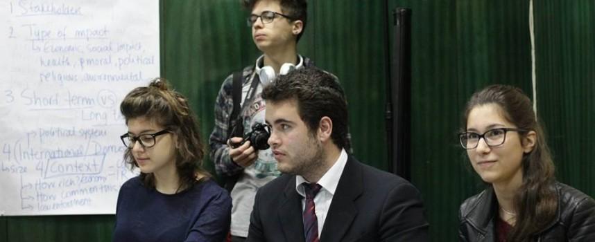 През почивните дни: Двудневно обучение и състезание по дебати ще се проведе в Пазарджик