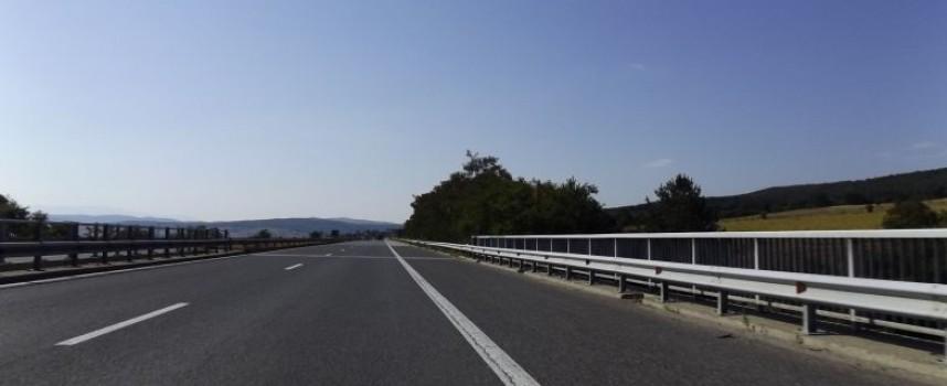 АПИ отмени забраната за ТИР-ове по магистралите в петък и неделя