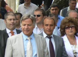 """В памет на проф. Цоцорков: """"Асарел Медет"""" дарява 25 000 лв. на училищата и читалищата в Панагюрище"""