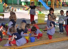 Фонд ИГА плаща таксите на деца от уязвими групи в 12 села и градове на областта, ето къде