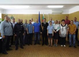 Комисар Йордан Рогачев награди отличените от ОДМВР послучай празника