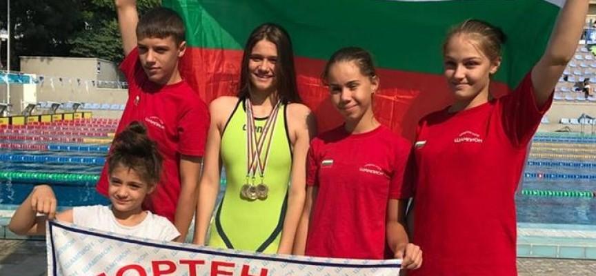 Варна: Три златни медала за Камелия Стоименова от Държавното по плуване