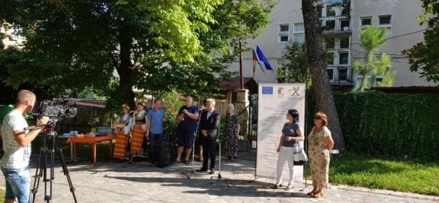 Общината, полицията и още 4 жилищни сгради ще бъдат санирани в Пещера