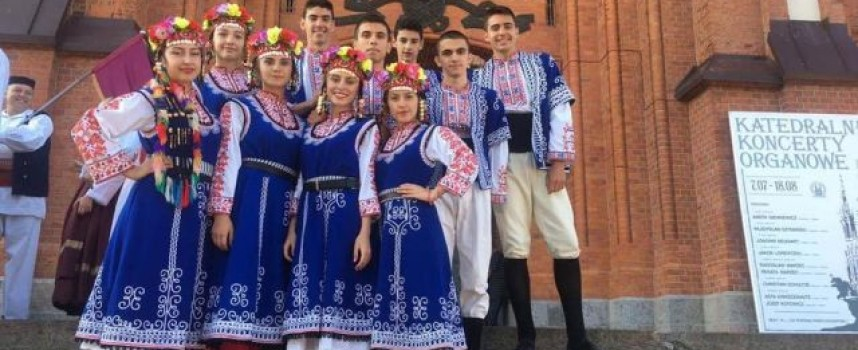 """Почетният консул на България в Бялисток аплодира """"Чудесия"""" на международния фестивал в полския град"""