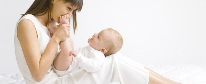 УТРЕ: Регионалната здравна инспекция открива Седмица на кърменето