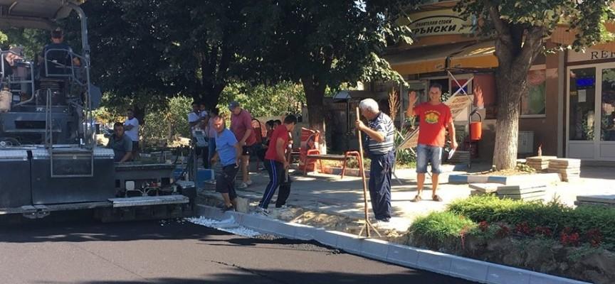 Започна асфалтирането на улиците в Септември